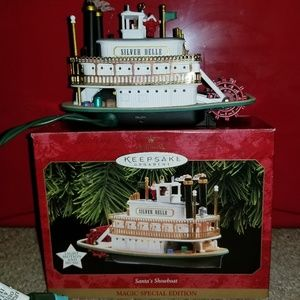 Hallmark 1997 magic Magic Santa's showboat Ornamen
